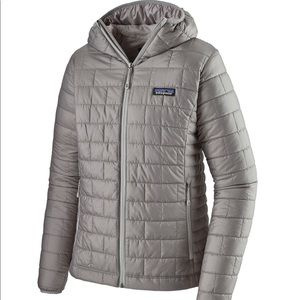 Patagonia | Women's Nano Puff Hoody | Medium